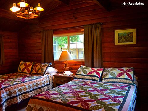 Lower Lodge Room at Lochsa Lodge